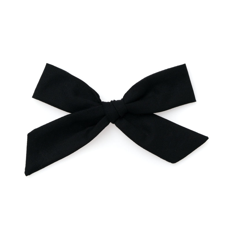 Black - Oversized Knot