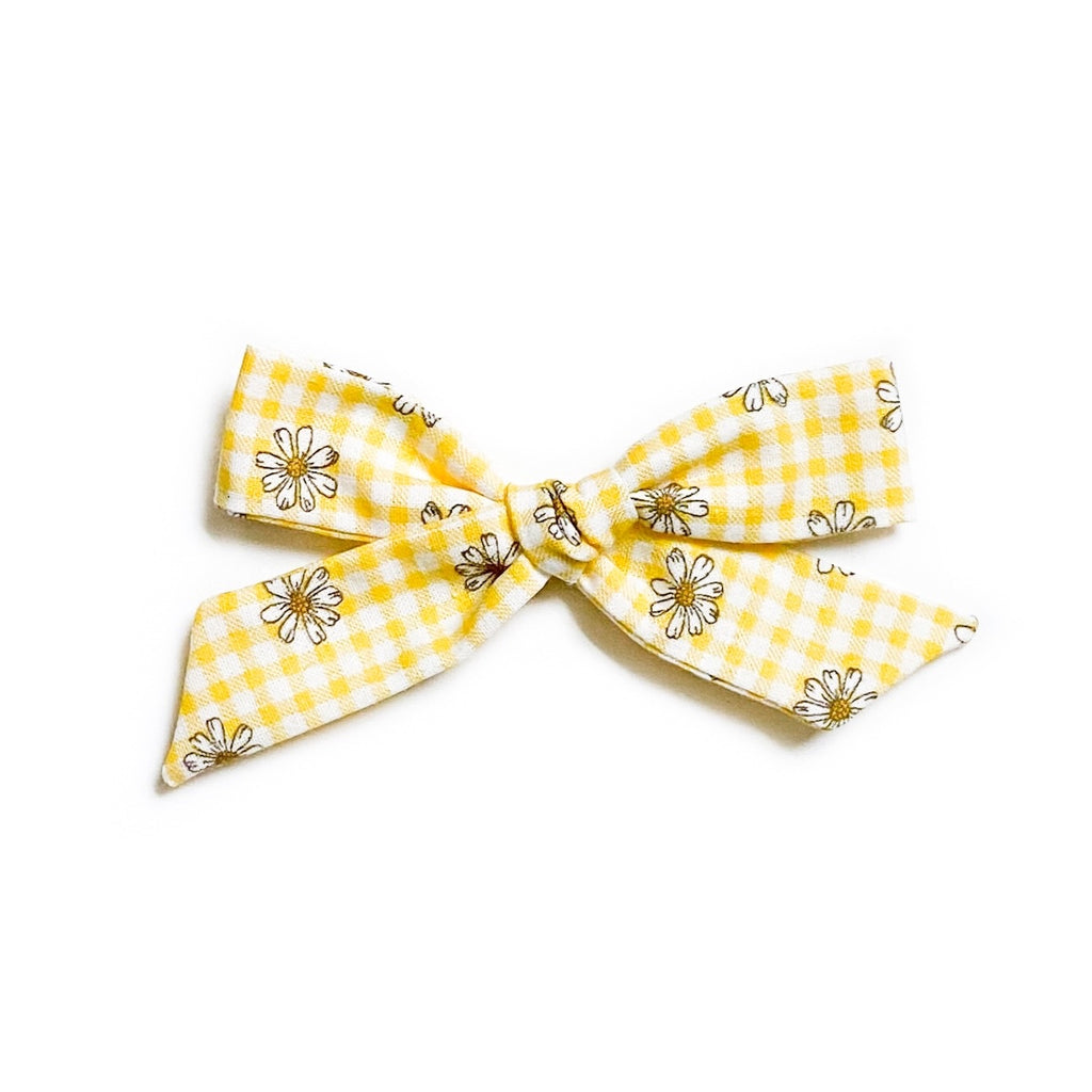 Yellow Gingham Daisies - Oversized Knot