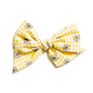 Yellow Gingham Daisies - Oversized Twirl