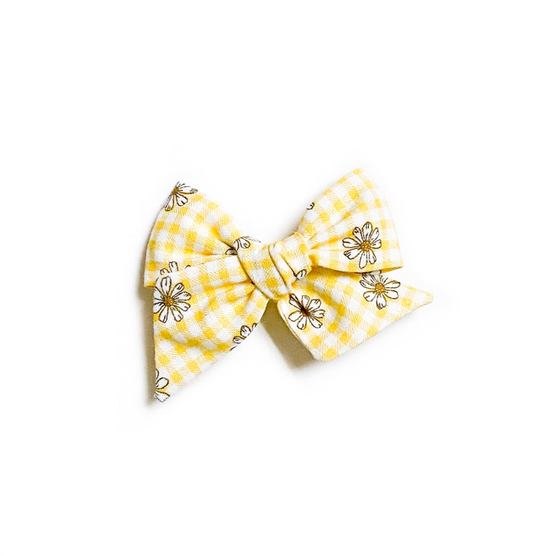 Yellow Gingham Daisies - Mini Twirl