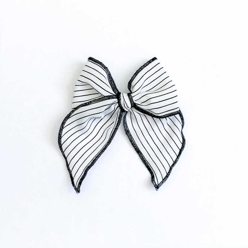 Black & White Stripe - Medium Fairytale