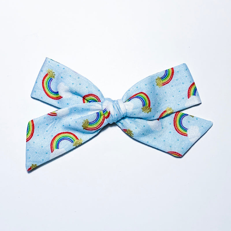 Over the Rainbow - Oversized Knot