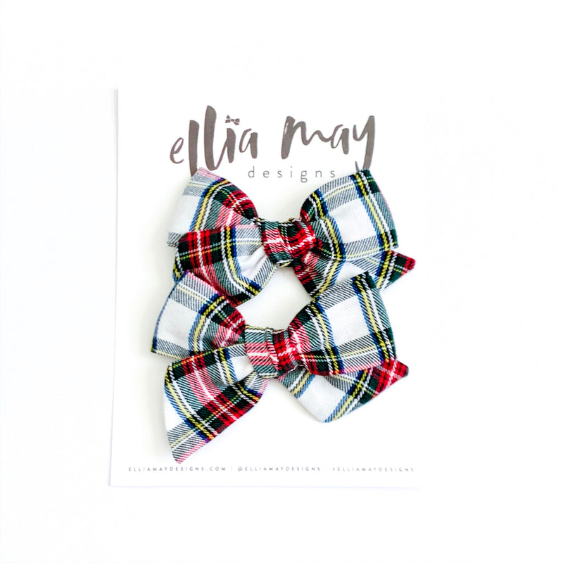 Traditional Holiday Plaid in White - Mini Twirl Piggie Clips