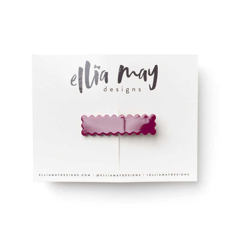 Sangria - Scalloped Bar Clip
