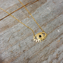 collier,dore,acier-inoxydable,oeil,montreal,collier-court,art-deco,idee-cadeau,montreal,boutique,casa-luca,achat-local
