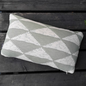 Coussin rectangle - motif triangle