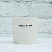 tasse,blanche,texturee,inscription, coffe-break,pause-cafe,montreal,boutique,casa-luca
