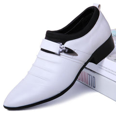 Pointed oxford shoes