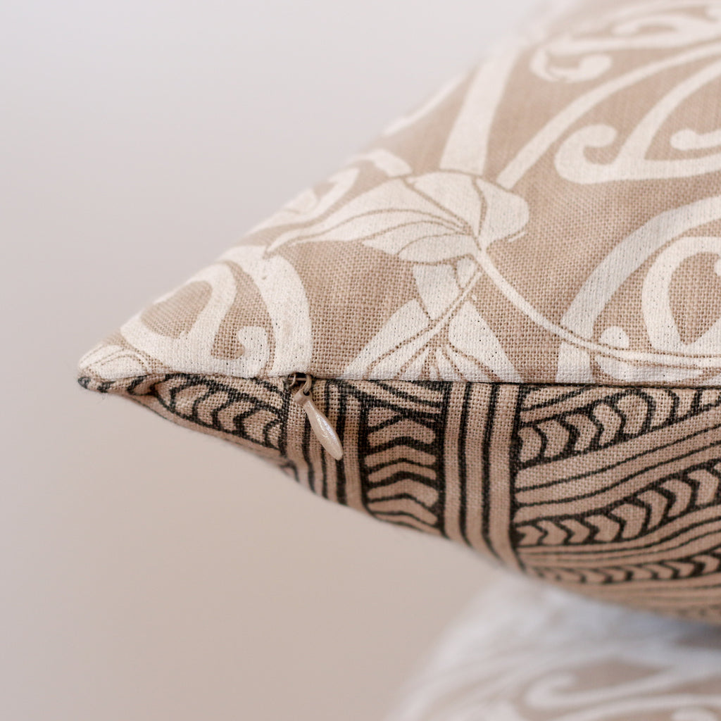 Aho Kāinga Cushion Cover