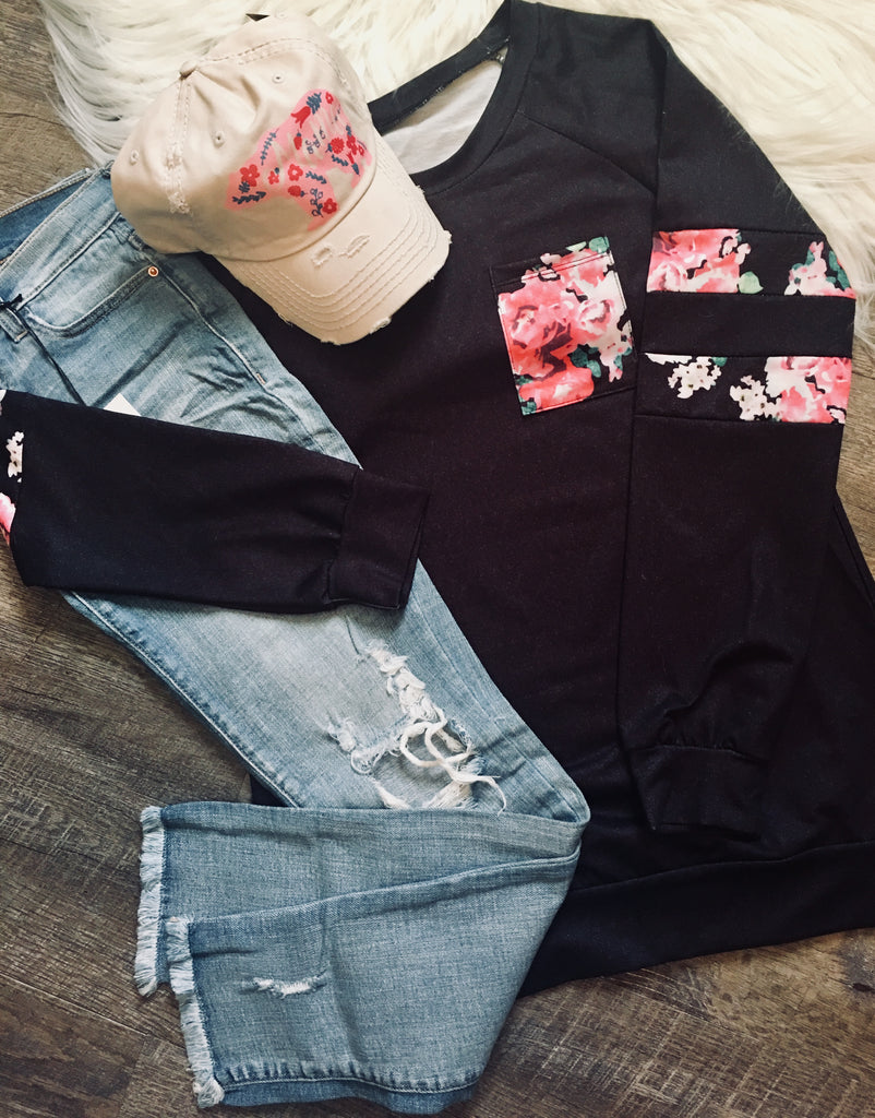 Love Is Alive Floral S/Shirt