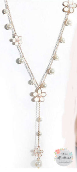 Daisy Pearl Drop Necklace