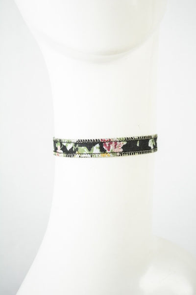 Floral Strap Choker Necklace