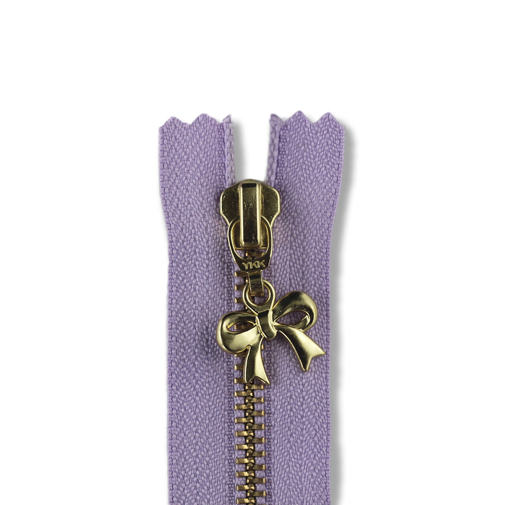 18cm Zip Gold Bow Lilac 068
