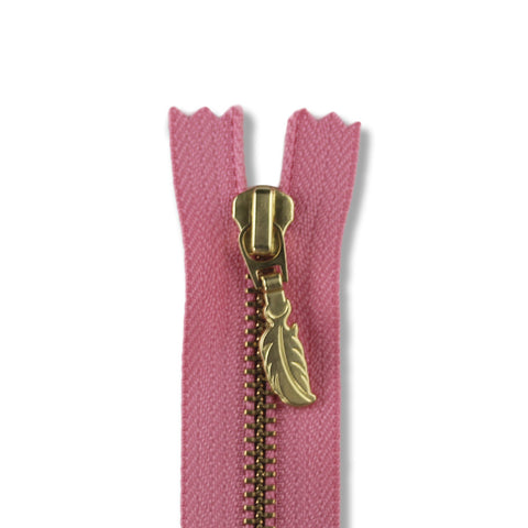 18cm Zip Gold Feather Blush 322