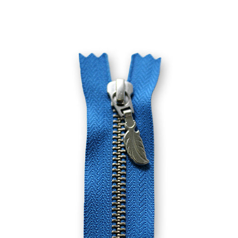 18cm Zip Silver Feather Blue 310