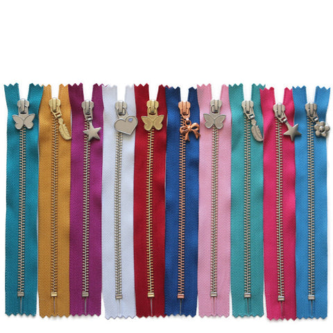 18cm Mystery Zip 10 Pack