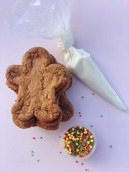 Gingerbread Friends Cookie Kit