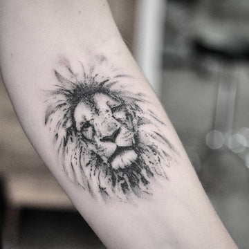 Fineline Lion Portrait Tattoo