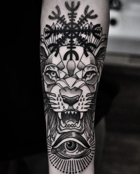 Dotwork Lion Tattoo By Pablo Morte