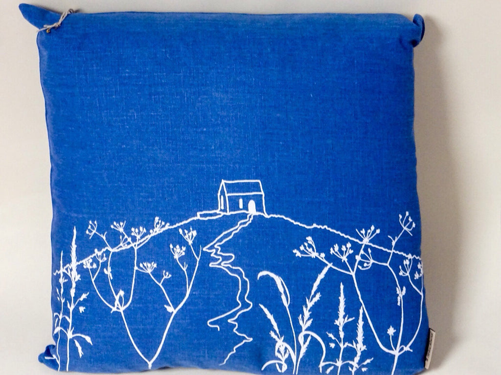 Beautiful cushion with handprinted design.Made from 100% linen and stuffed with plump duck feathers.