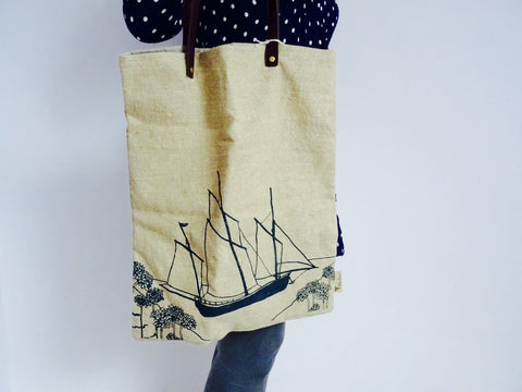 Add a nautical theme to your outfit with this handmade hemp
