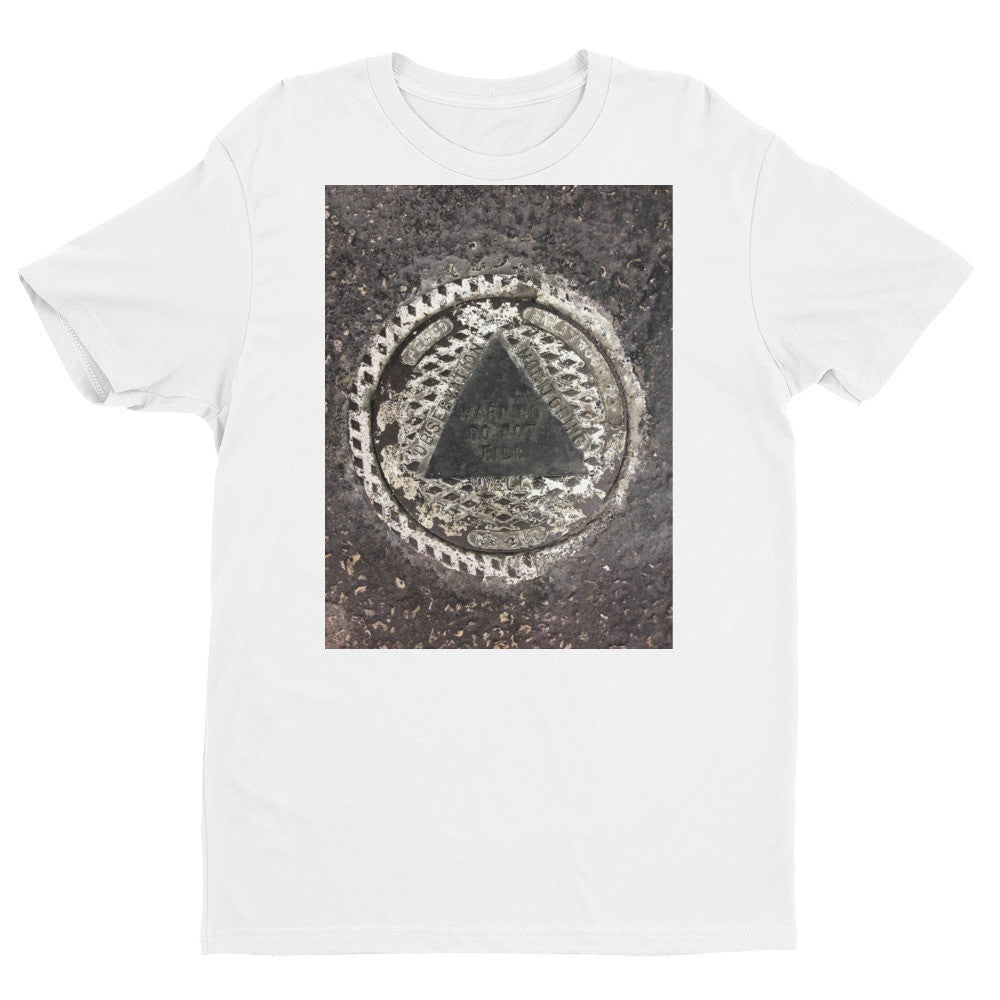Street Smart Graphic T Shirt Pyramid
