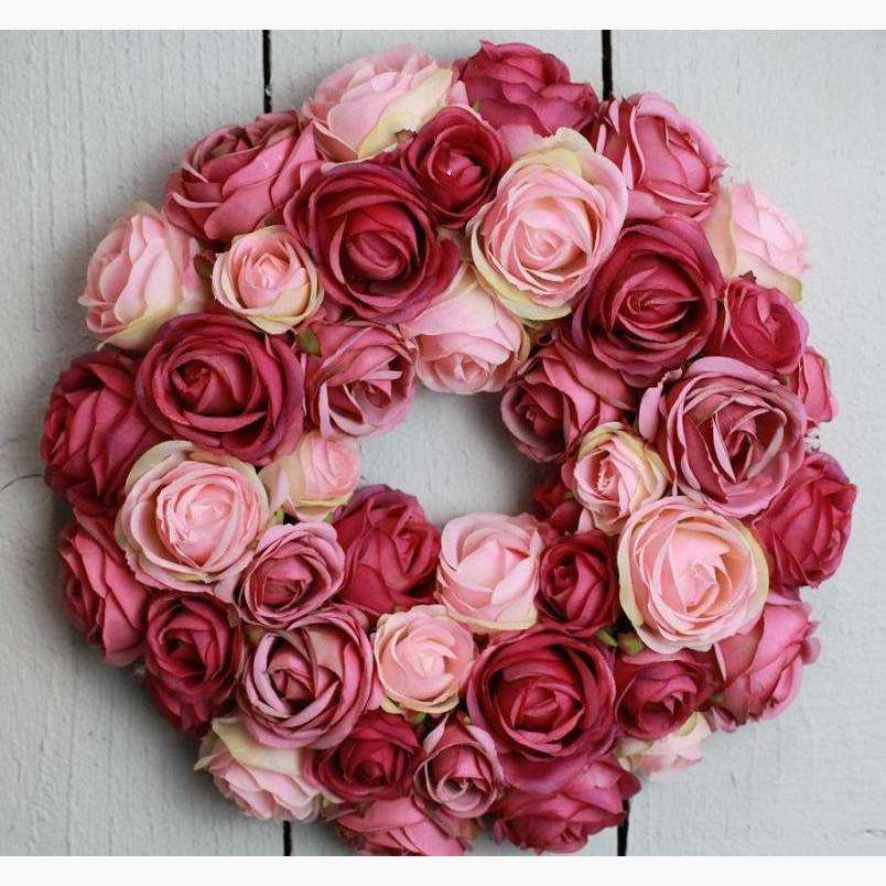Lux Clustered Rose Wreath - Deep/Pale Pink Mix