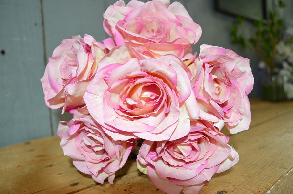 Rose Bouquet of 6 Roses - Soft Pink