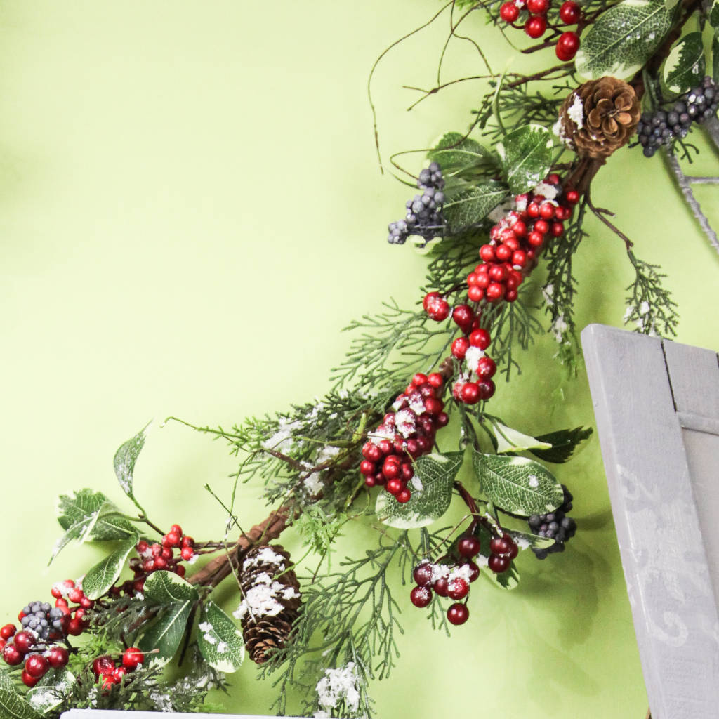 Snow Dusted Mixed Foliage & Berry Garland