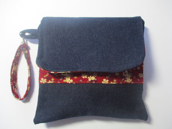 A Pocket Full Of Posies- Wristlet