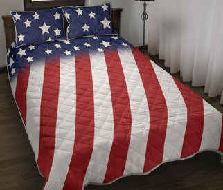 Stars And Stripes Design Quilt Bed Set With Pillow Covers