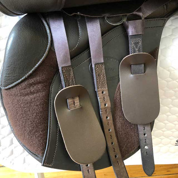 Advanced Saddle Fit - Kent & Masters KMMGU Flat-back AP Saddle