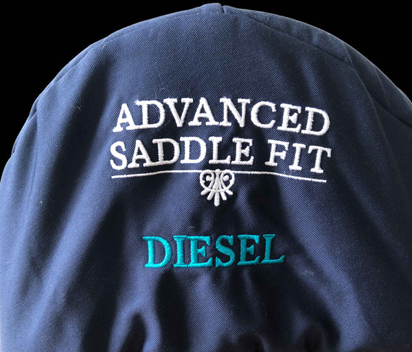 Advanced Saddle Fit | Fleece-lined Saddle Cover - Embroidery