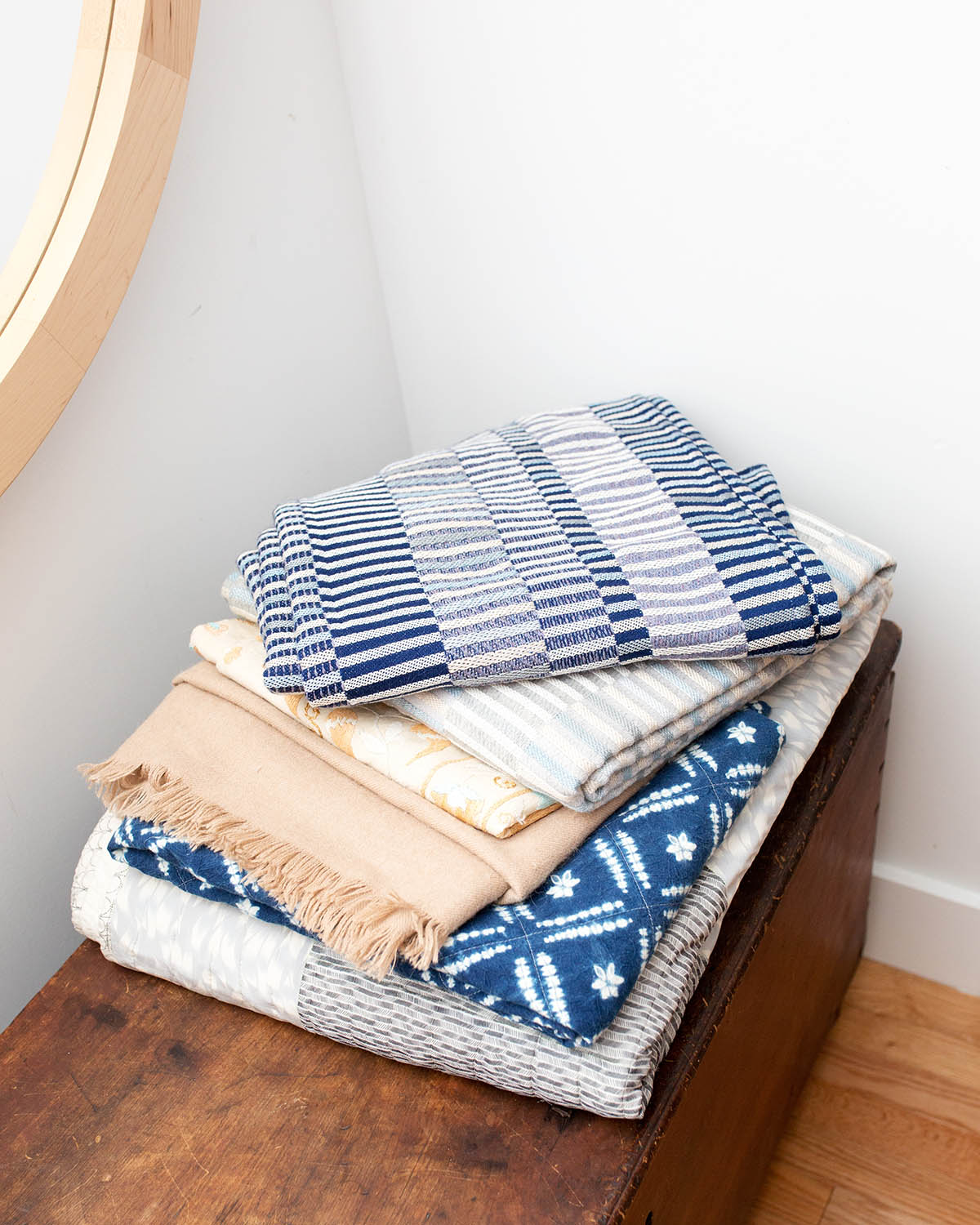 10 Ways to Style a Throw with Rebecca Atwood