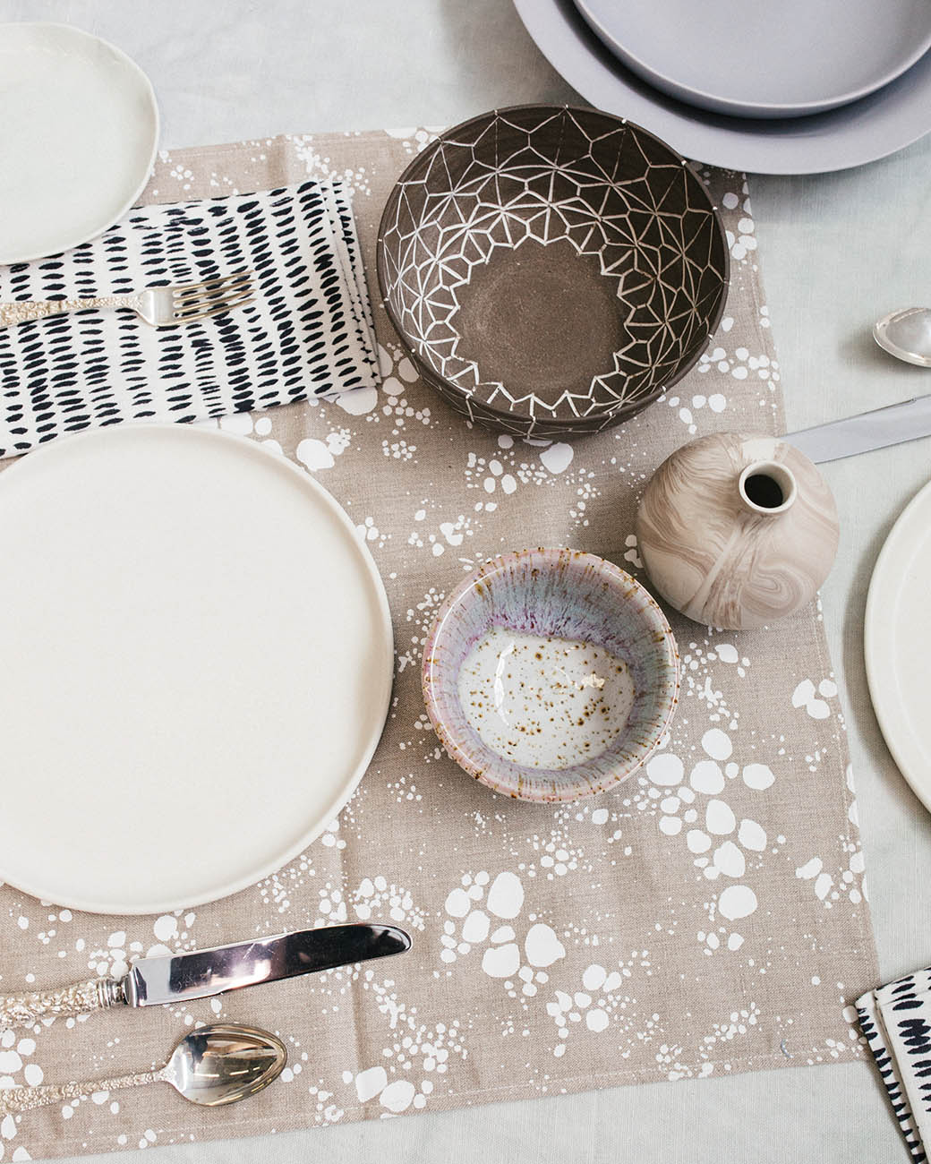 Rebecca Atwood | Setting The Table for the Holidays | Neutrals That Aren't Boring