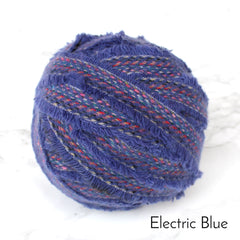 Ragged Life Rag Rug Blanket Yarn 100% Wool for Rag Rugging Crochet in Strips in Electric Blue