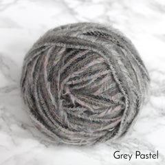 Ragged Life Rag Rug Blanket Yarn 100% Wool for Rag Rugging Crochet in Strips in grey pastel