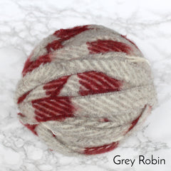 Ragged Life Rag Rug Blanket Yarn 100% Wool for Rag Rugging Crochet in Strips in Grey with Red Stripes