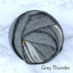 Ragged Life Rag Rug Blanket Yarn 100% Wool for Rag Rugging Crochet in Strips in Grey Thunder