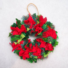 Miniature bright red and green shaggy rag rug wreath