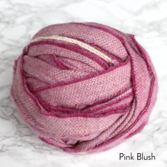Ragged Life Rag Rug Blanket Yarn 100% Wool for Rag Rugging Crochet in Strips in Pink Blush