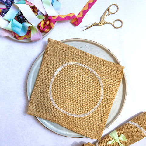 Ragged Life Hemmed Practice Hessian for Rag Rug Flowers and Trivets
