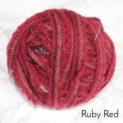 Ragged Life Rag Rug Blanket Yarn 100% Wool for Rag Rugging Crochet in Strips in Ruby Red