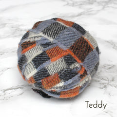 Ragged Life Rag Rug Blanket Yarn 100% Wool for Rag Rugging Crochet in Strips in Teddy Orange, Blue and Grey