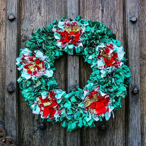 Ragged Life Rag Wreath Set with Instructions and Yellow Mount to make a Christmas wreath.