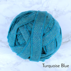 Ragged Life Rag Rug Blanket Yarn 100% Wool for Rag Rugging Crochet in Strips in Turquoise Blue