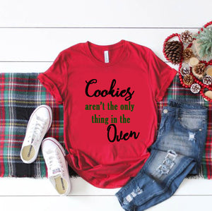 Cookies In The Oven Christmas Pregnancy Announcement Shirt - In The Limelight