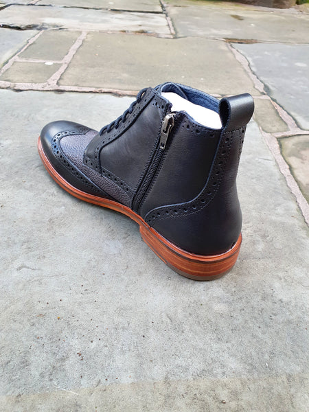 Eros Brogue Boot Black
