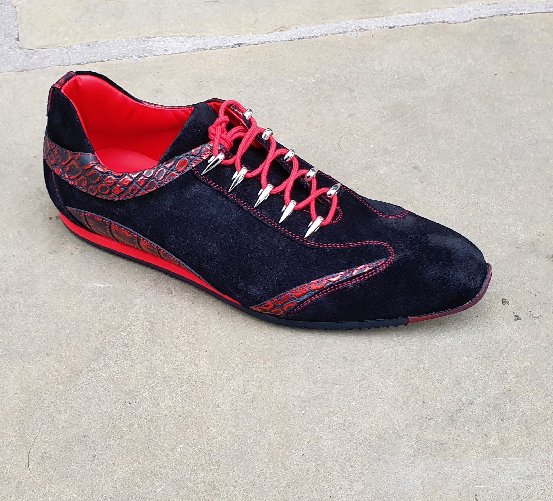 Silverstone Black Mirror Red Sneaker