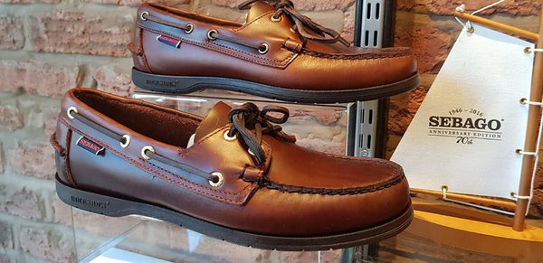 Endeavour Oiled Waxy Brown